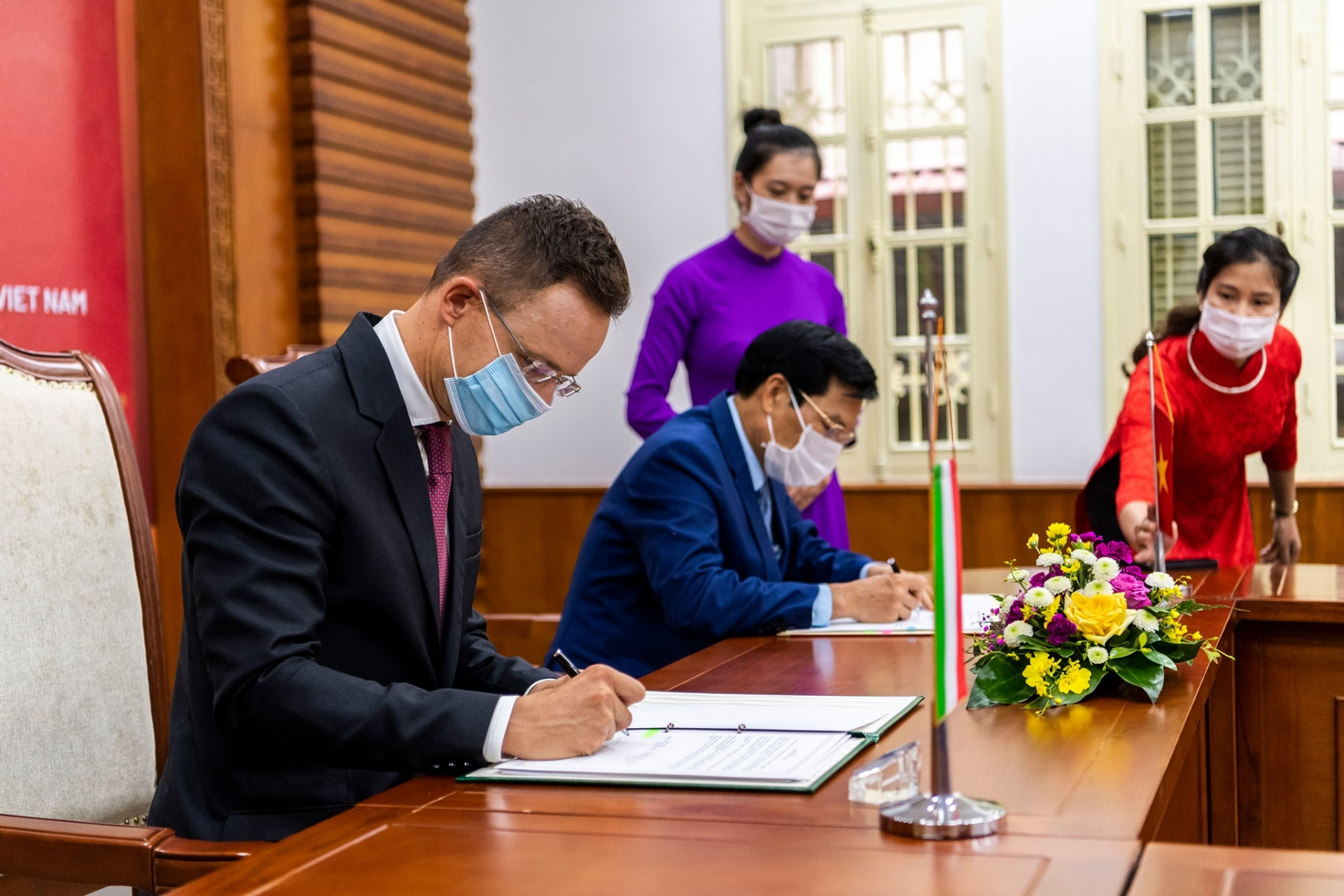 Hungary wishes to further strengthen comprehensive partnership with Vietnam