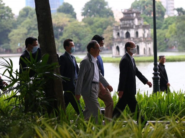 Japanese Prime Minister concludes first overseas trip