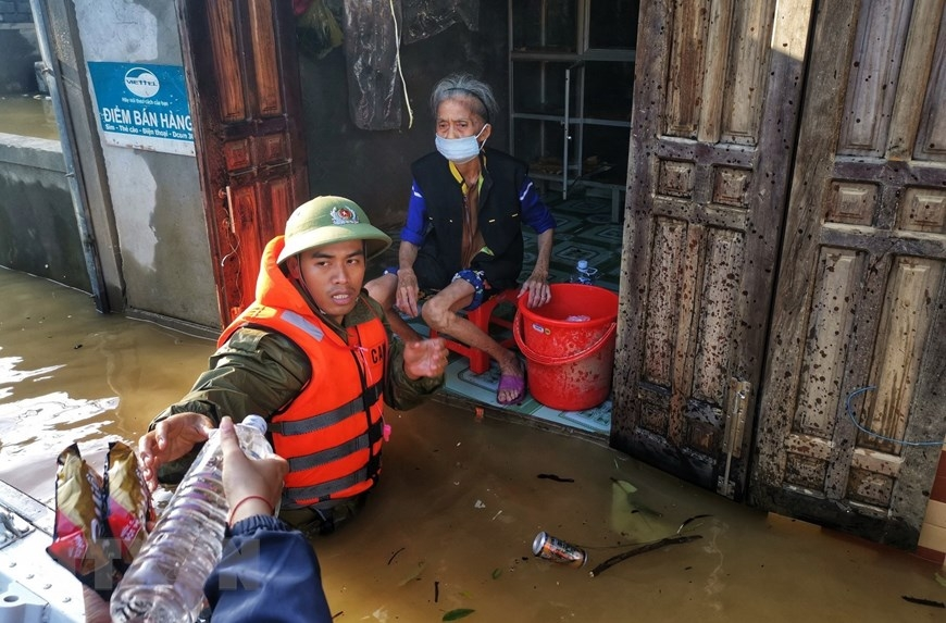 More relief funds to flood hit localities in Vietnam