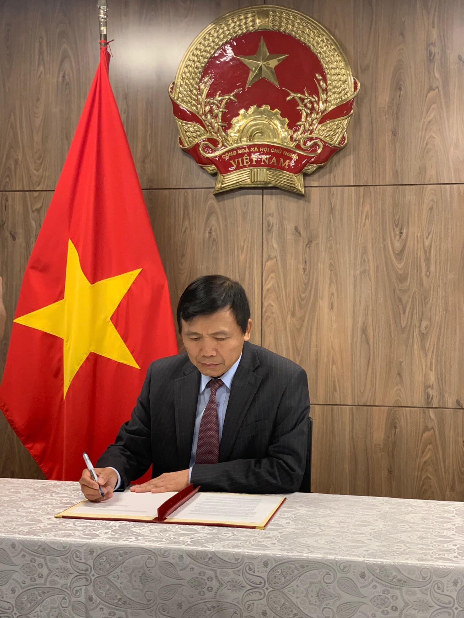 Vietnam signs a call to action on women's empowerment