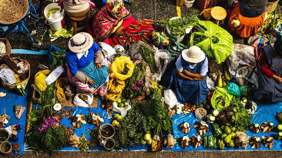 Photo of Hue Woman Recognized at 10th National Geographic Traveller Photography Competition