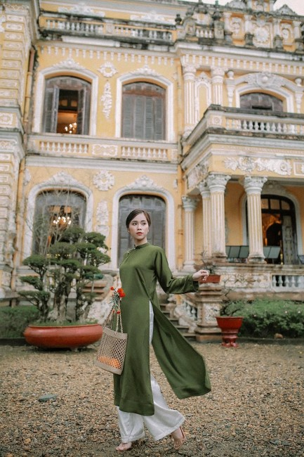 For 104 Years, Hue's Anh Dinh Palace Continues to Impress