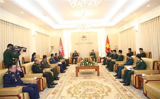 cambodian air force commander welcomed in hanoi