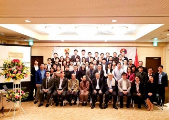 "Nearly 1,000 Vietnamese intellectuals in Japan discuss ""Make in Vietnam"" policy"