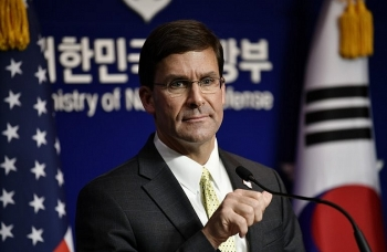 US Defense Secretary urges ASEAN not to let China exploit COC