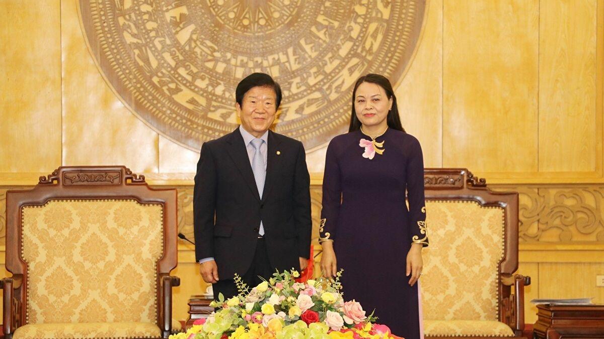 RoK's NASpeaker pledges to encourage Korean firms to invest in Ninh Binh
