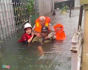 emergency relief pouring into flood stricken vietnams central region