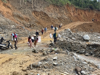 singapore helps vietnam cambodia laos and the philippines with disaster relief