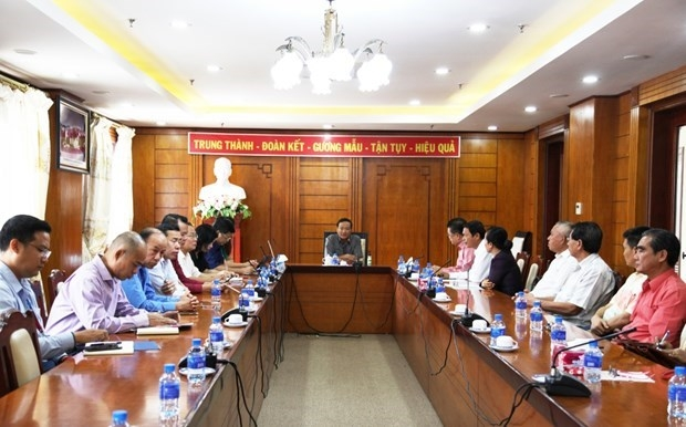 Vietnam's Embassy in Laos receives suggestions on draft documents to 13th Party Congress