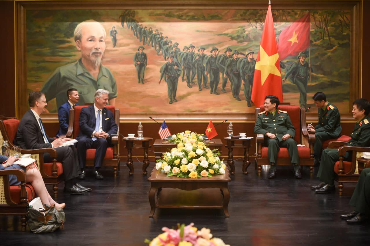 Vietnam US defence ties positively contributed to bilateral comprehensive partnership