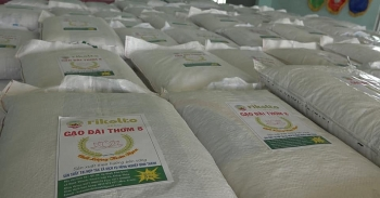 tons of rice provided to 400 households in disaster hit quang ngai province