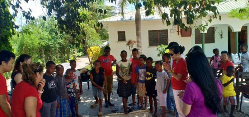 vietnamese women association in tanzania presents necessities to orphans