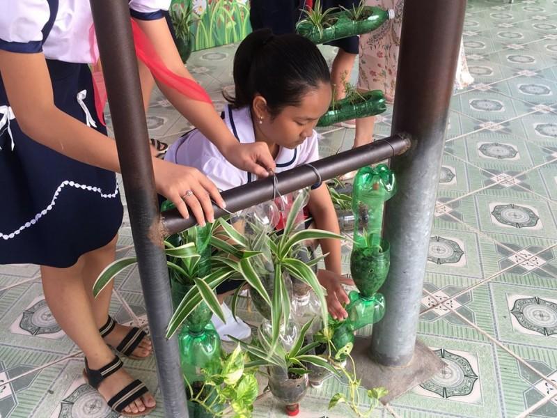 hai phongs schools going plastic free