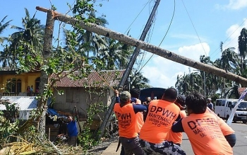 Philippines: Death toll from Typhoon Phanfone hits 50