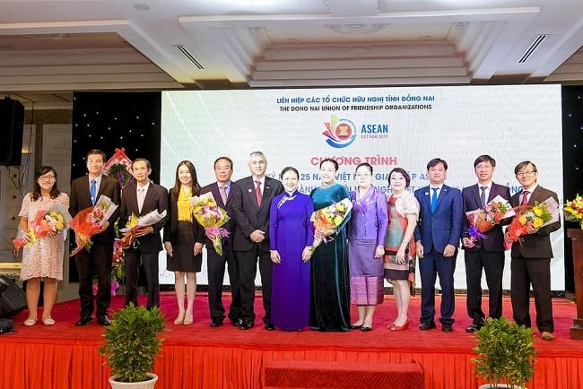 Debuting mobilisation committee to establish Dong Nai