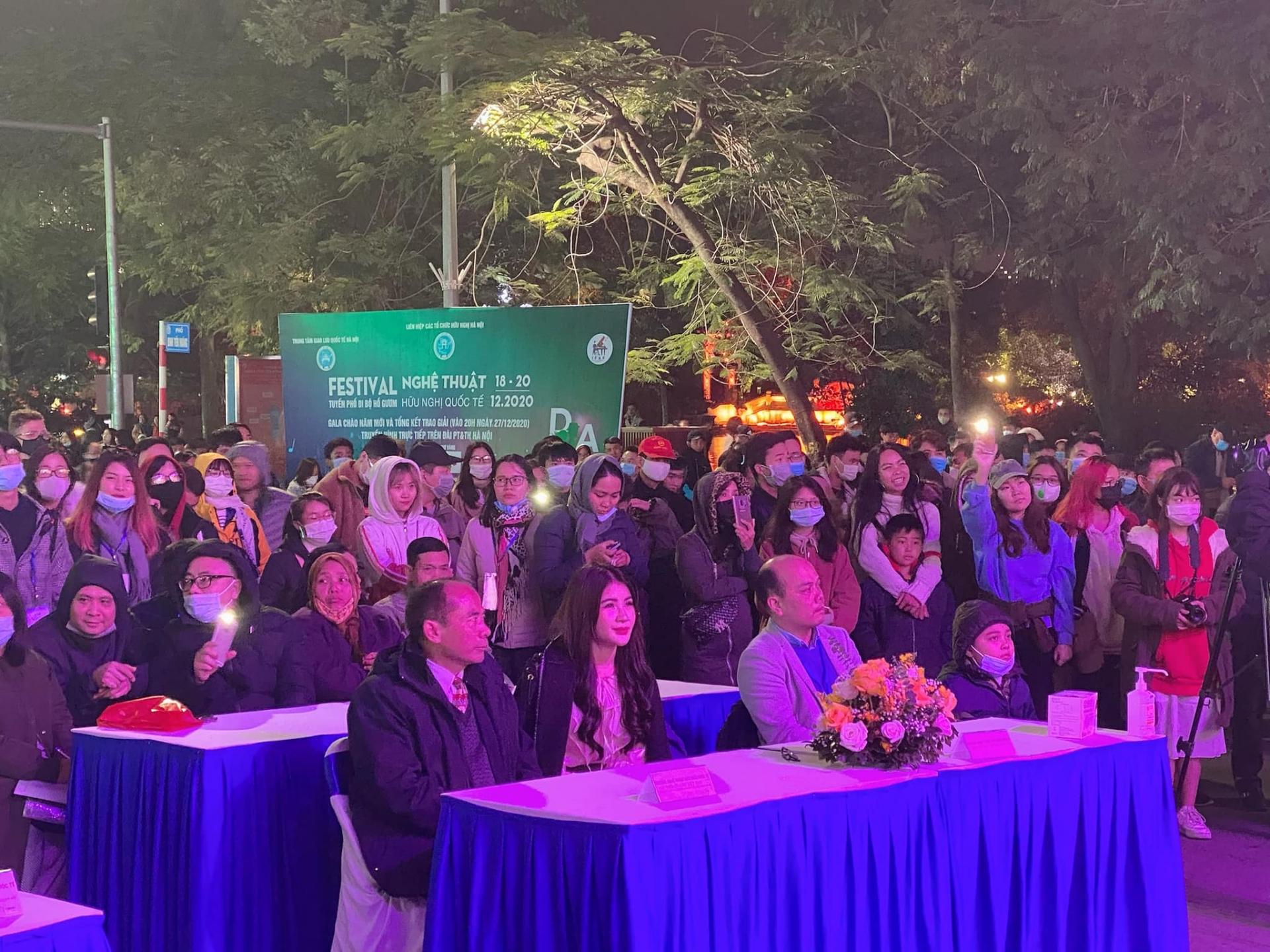 International friendship art festival attracts many hanoians