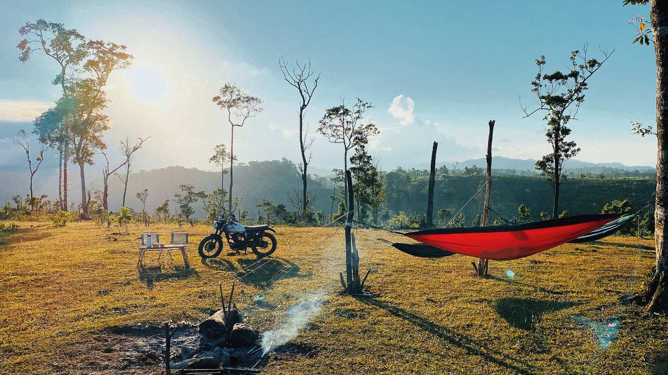 Vietnamese choosing forest camping to escape Covid-19