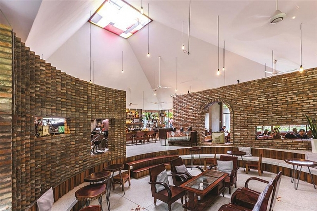 Impressive café from shabby bricks emerges in southern of Vietnam