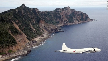 japan chinese ships continuously appeared near disputed senkaku islands over last 3 months