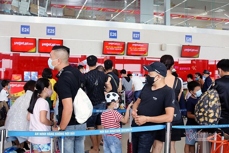 flight tickets unprecedentedly cheap demand still stays low