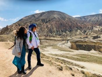 the world travel itinerary of vietnam myanmar couple