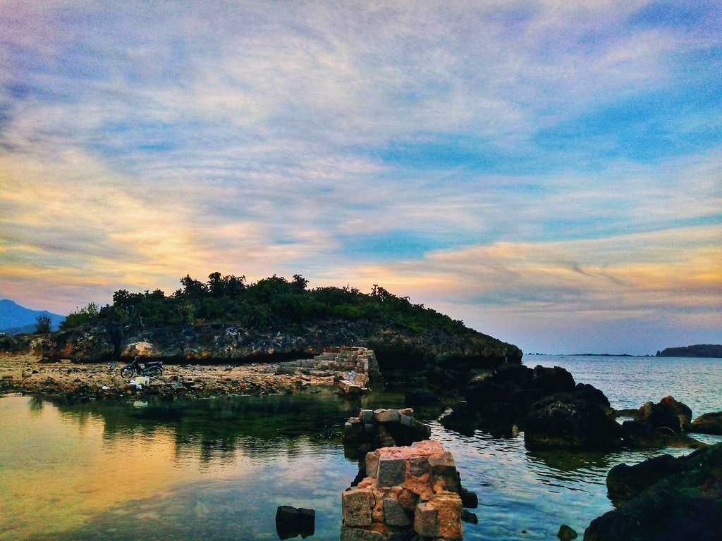 Hon Do: A rugged beauty endowed by nature in Vietnam