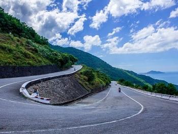 Hai Van Pass: an awesome coastal road trip in the Central Vietnam