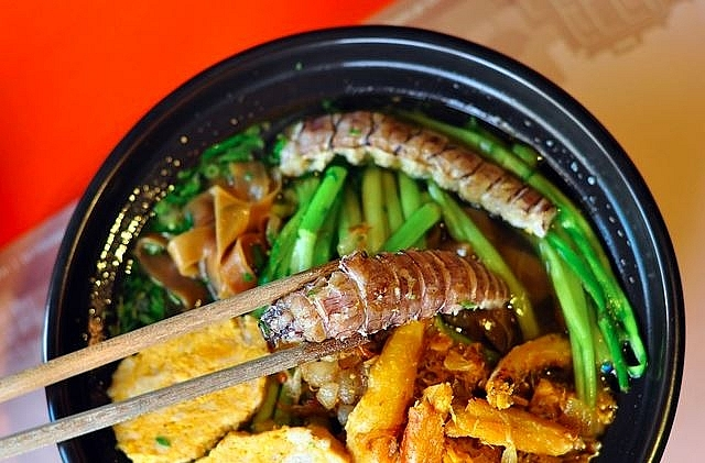 mouthwatering crab noodle soup of hai phong