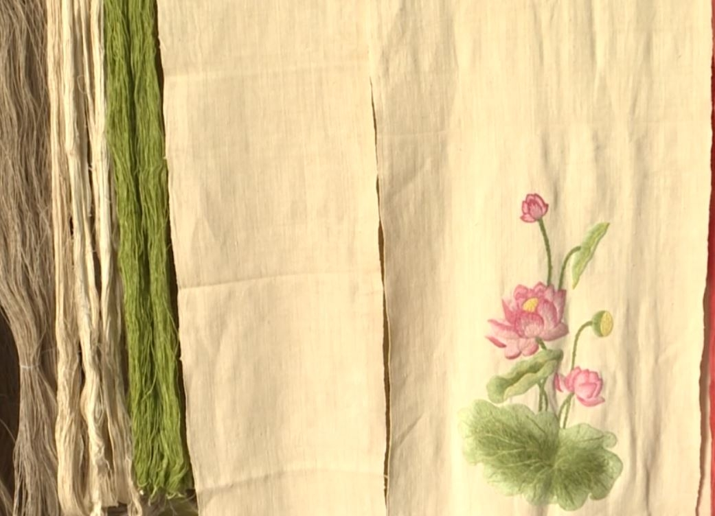 Lotus silk: new highly sought-after silk in Vietnam