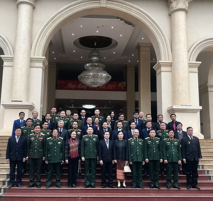 Special links between Vietnamese, Lao armies highlighted