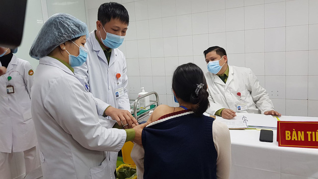 volunteers receive highest doses of vietnam made covid 19 vaccine