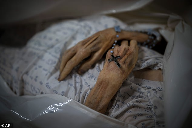 spanish woman who died of covid returned 10 days later