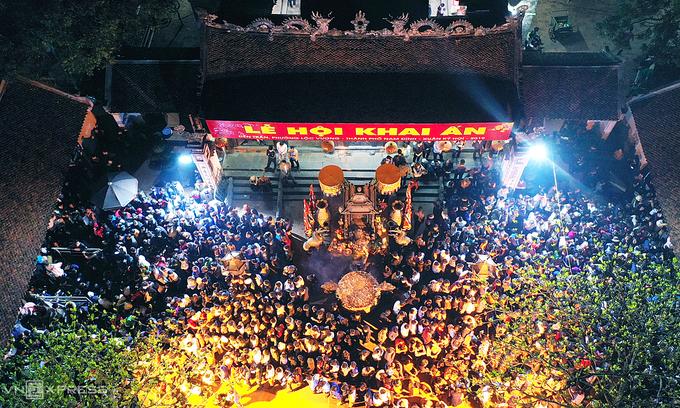 4404 tran temple festival