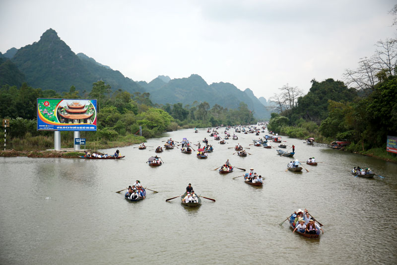 Hanoi: Huong (Perfume) Pagoda to reopen this weekend