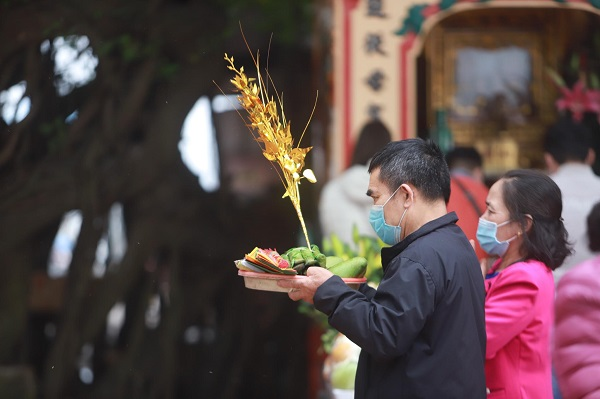 Hanoi reopens historical sites, walking streets this month