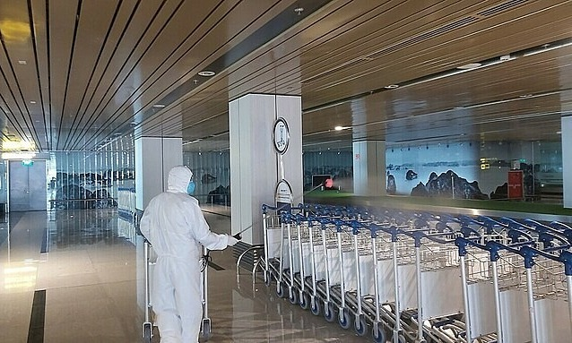 pandemic hit van don airport welcomes first intl flight after one month halt