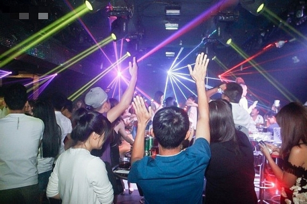 hanoi reopens bars karaoke parlors dance clubs