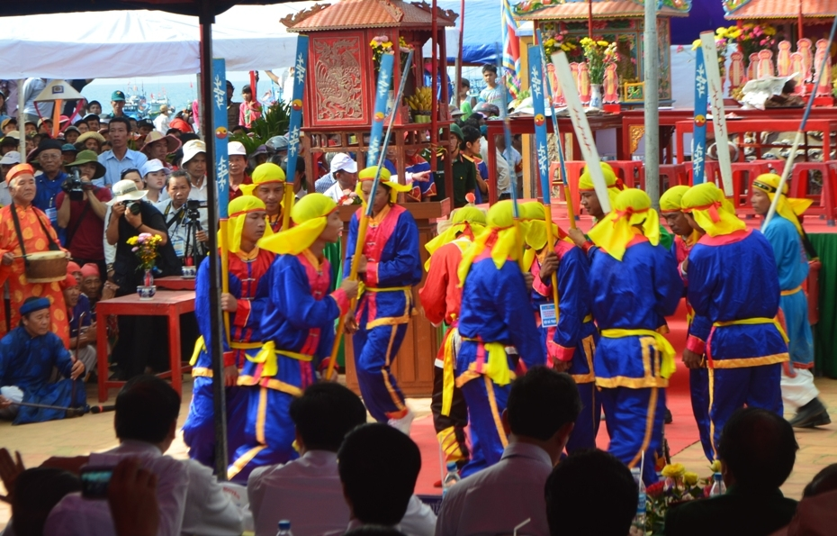 ly son island to hold feast and commemoration festival for hoang sa soldiers