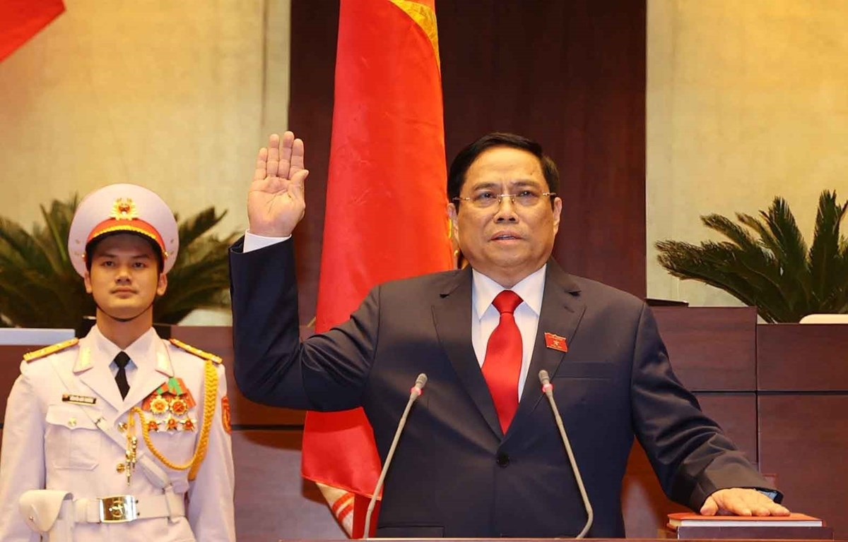 Prime Minister Pham Minh Chinh takes oath of office. Photo: VNA