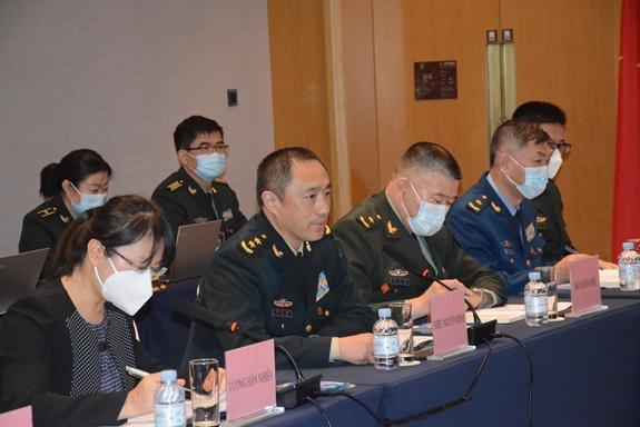 Vietnam, China talk defence cooperation