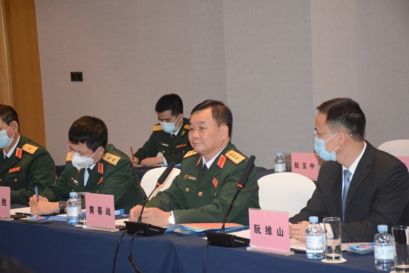 Vietnam, China talk defence cooperation