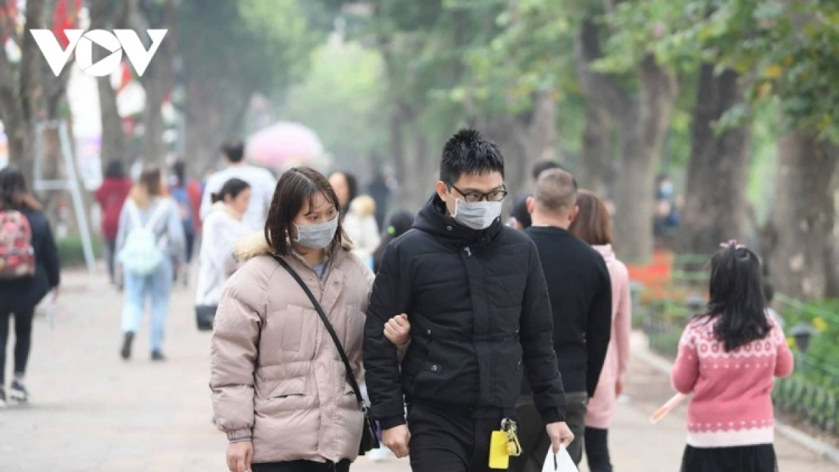 The PM has asked people to wear face mask when going out amid a rising threat of a new coronavirus outbreak.