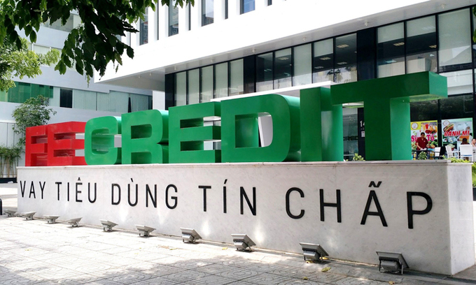 Japanese group takes $1.4 billion in Vietnam's biggest nonbank lender