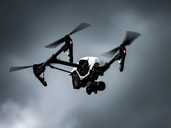 Japanese companies to end use of Chinese drones over security concerns Read more At:  https://www.aninews.in/news/world/asia/japanese-companies-to-end-use-of-chinese-drones-over-security-concerns20210504223231/