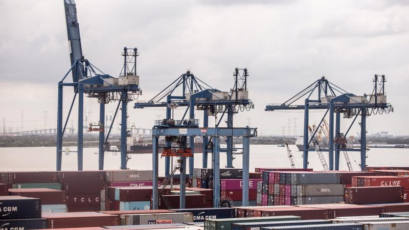 US, European buyers diversify buying away from China, towards Vietnam