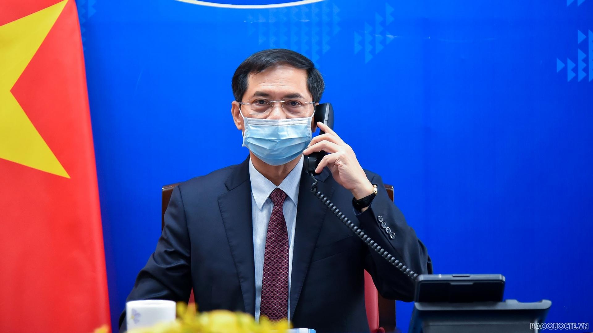 Vietnam desires Germany to facilitate Covid-19 vaccine access