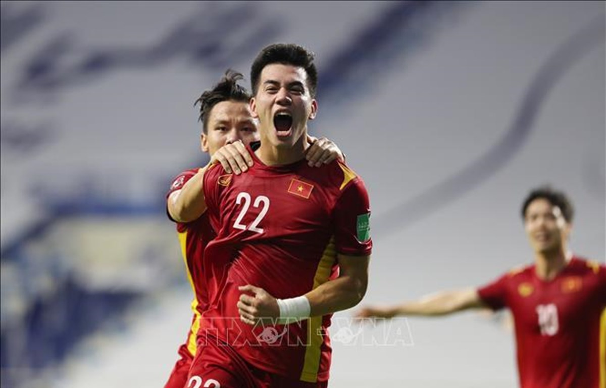 Vietnam hold off Malaysia for 2-1 win, moving closer to World Cup final qualifying round