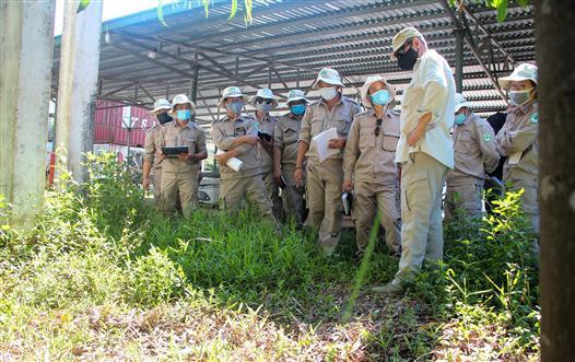 Norwegian People's Aid conducts explosives training in Vietnam