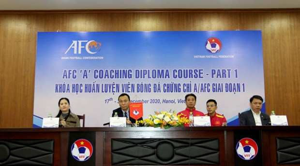 Despite impacts from the COVID-19 pandemic, the Vietnam Football Federation still organises a full range of courses as planned. (Photo courtesy of VFF)
