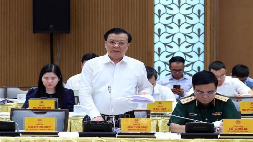 Vietnam spends 176 million USD fighting COVID-19